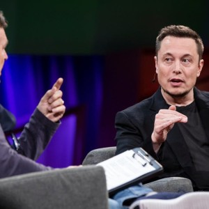 elon-musk-interviewed-by-chris-anderson-at-ted2017---the-future-you-april-24-28-2017-vancouver-b